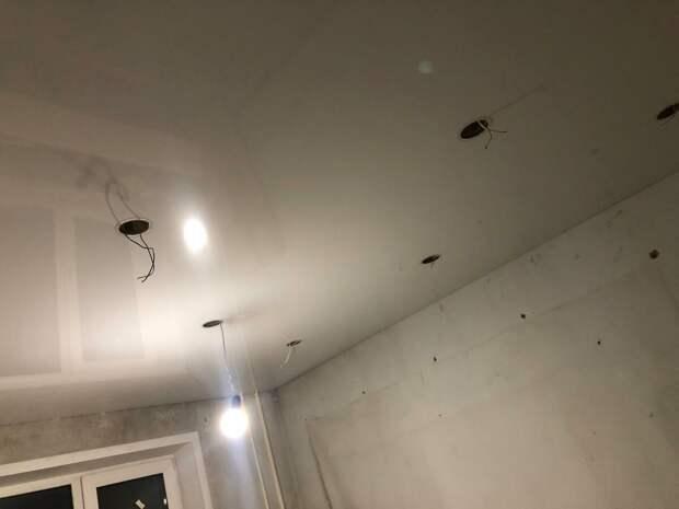 Натяжной потолок своими руками.