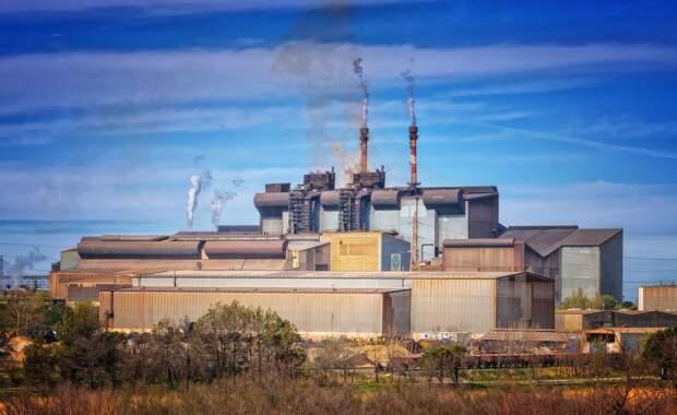 Жители Можги пожаловались властям на завод-вонючку