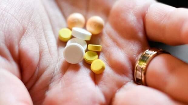 Мясников назвал противопоказания к применению парацетамола