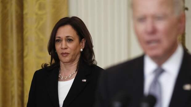 Конгрессмены США требуют отстранить Харрис от борьбы с кризисом на границе