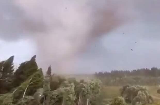 Жителей Среднего Поволжья предупредили о возможности формирования торнадо