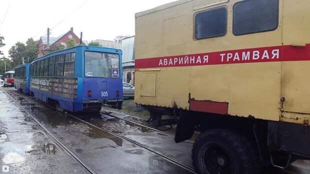 В Краснодаре дождь остановил трамваи и троллейбусы