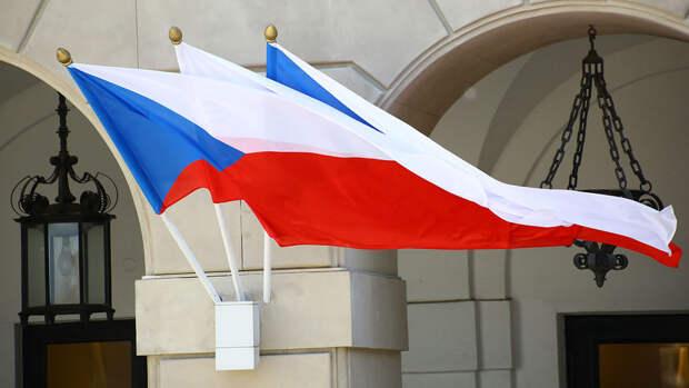 В посольстве Чехии в России останутся пять дипломатов