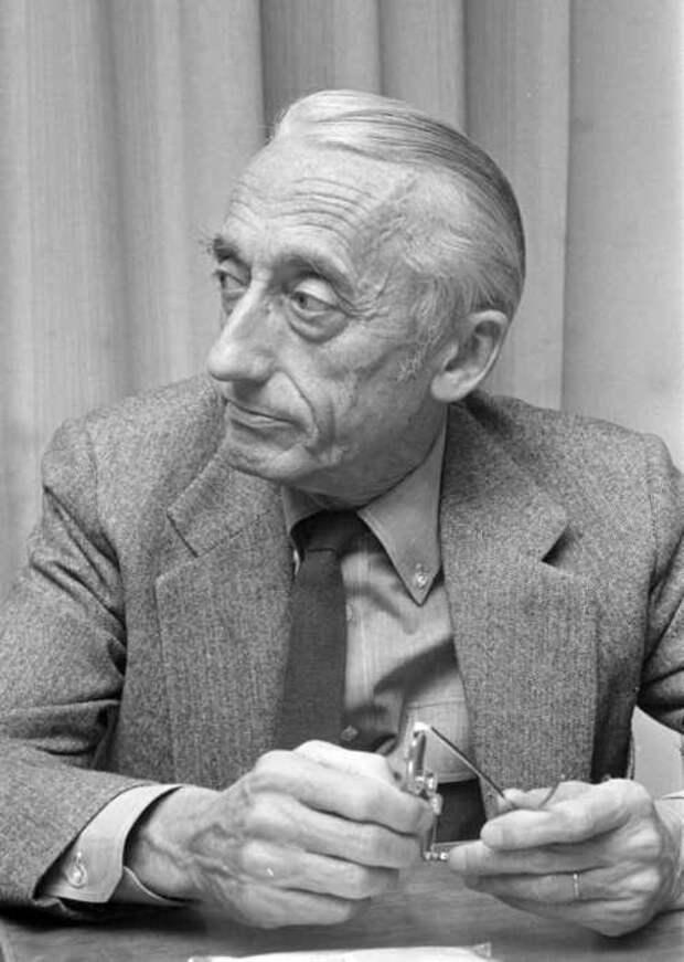 Жак-Ивна Кусто конференции в Гааге в 1972 год.