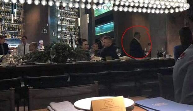 Порошенко шикует на дне рождения генпрокурора Луценко в дорогущем киевском ресторане