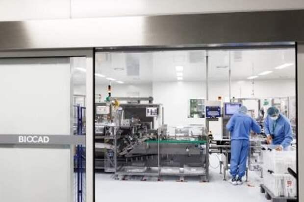 "Компания Biocad начала поставки препарата ""Спутник V"" для масштабной вакцинации от коронавируса в России"