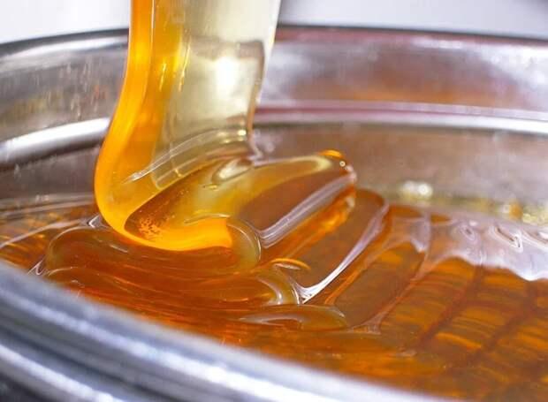 Знаю вкус настоящего мёда. Научилась быстро и без хлопот определять подделку, рассказываю