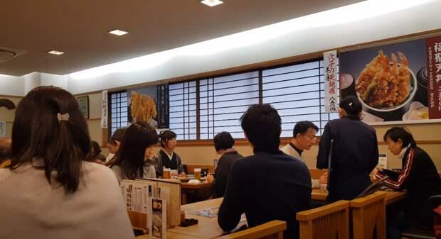 Япония - вакханалия еды на любой вкус и кошелёк. Главное знать, что искать