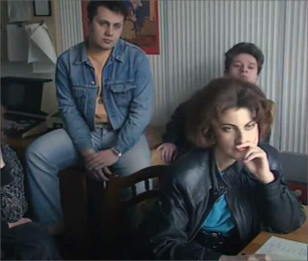 Татьяна Миткова с командой службы новостей, 1992 год