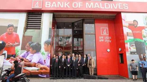 Все для олигархов – Великобритания и Мальдивы открываются