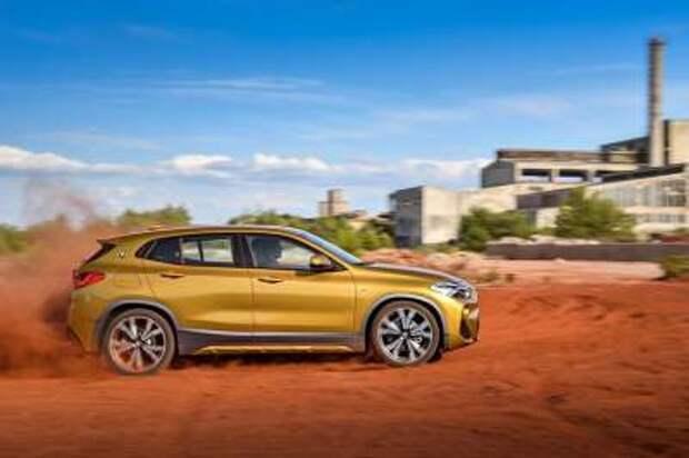 Официально представлен новейший компактный кроссовер BMW X2