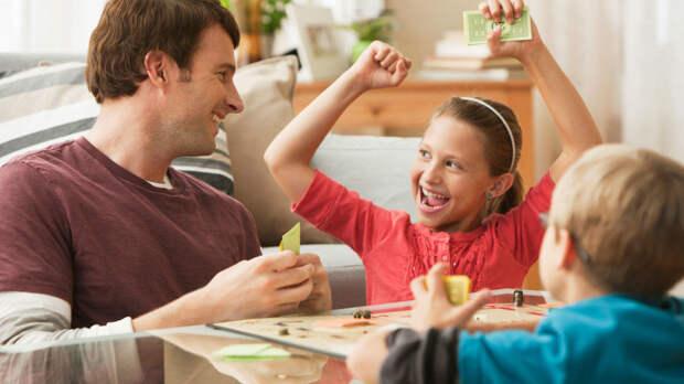 Беспроигрышная лотерея в стихах (игры в семье)
