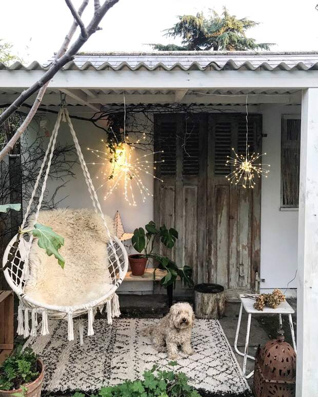 Подвесное кресло в саду — 18 идей