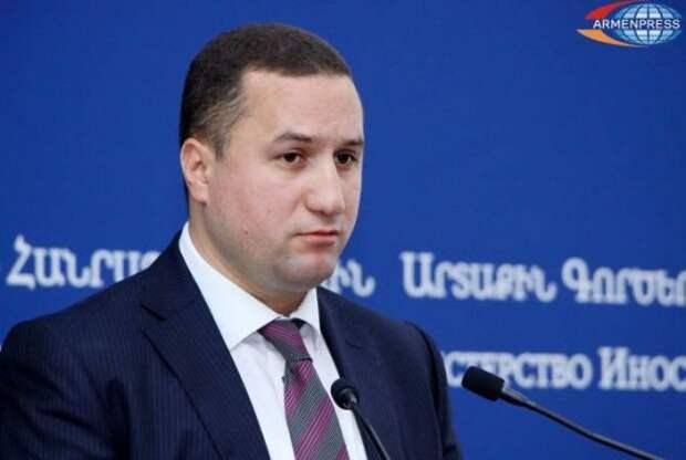 Посол Армении призвал Запад ввести санкции против России
