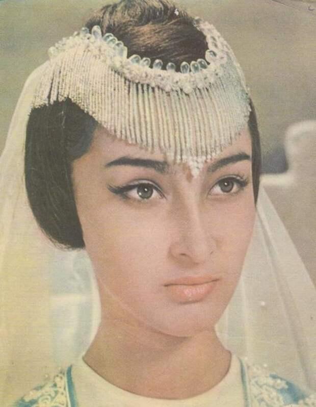 Додо Чоговадзе Принцесса Будур Волшебная лампа Аладдина. фото