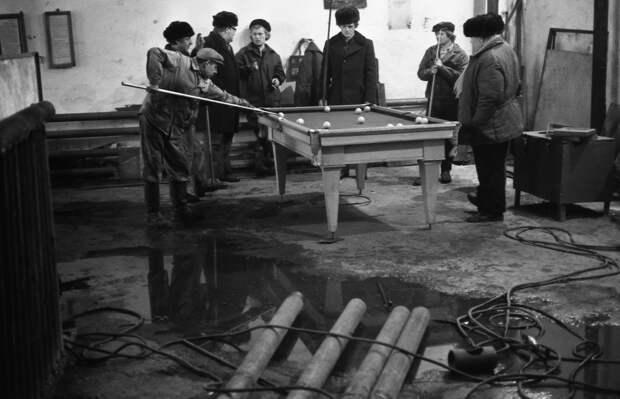 Убогие советские пословицы и поговорки.