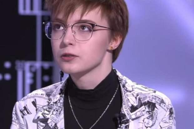 Дочь Ефремова напустилась на Малахова: Как ты смеешь обвинять меня в поведении родителей?
