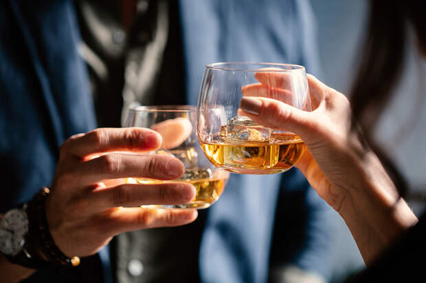 Названы незаметные признаки алкоголизма