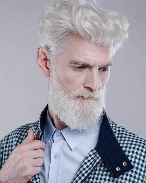 Самая молодая топ-модель агентство «Олдушка» («Oldushka»).