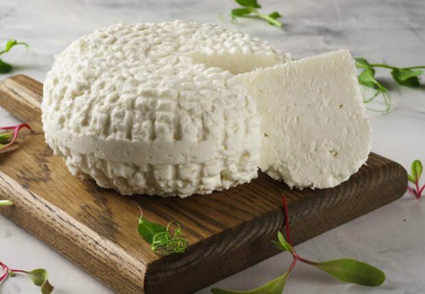 Адыгейский сыр за 30 минут: и на завтрак, и на закуску