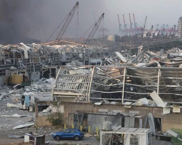 Губернатор Бейрута оценил ущерб от взрыва