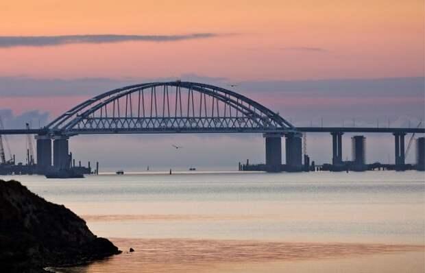 Украина хочет забрать Крымский мост
