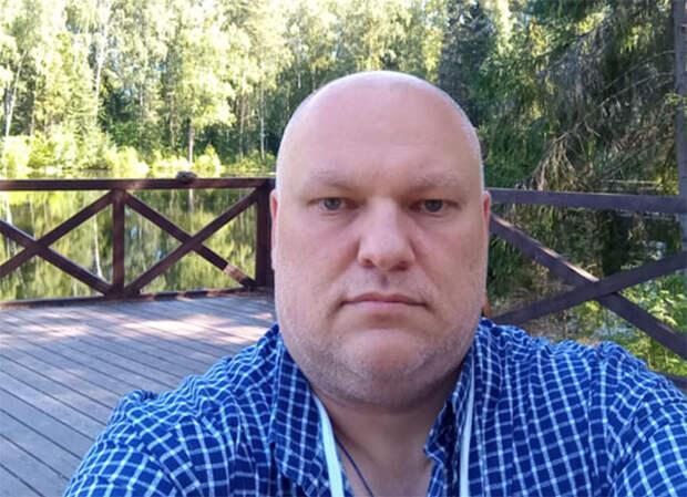 Дмитрий Петровский: Навальный должен ответить за клевету на нашего президента