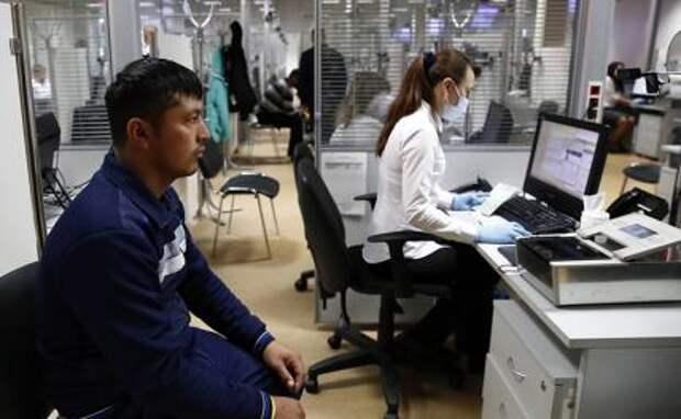 Мигранты в РФ не поедут. Россияне сами станут мигрантами…