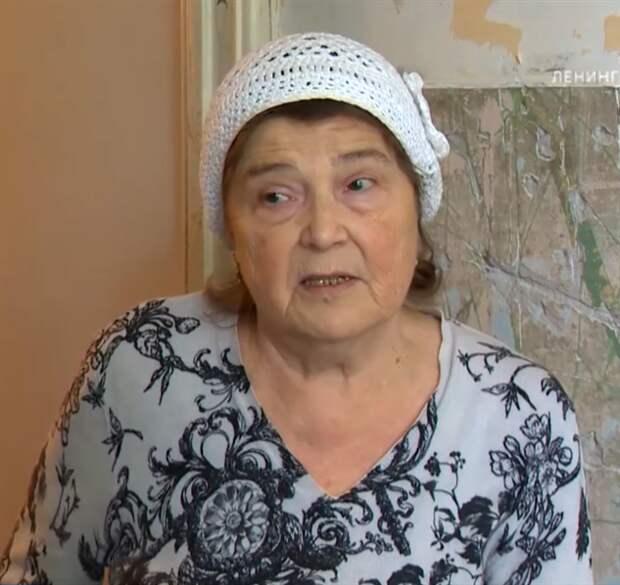 В Петербурге задержали таксиста, ударившего женщину-инвалида (3 фото + 1 видео)