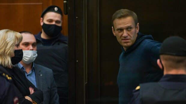 Почему Навальному дали реальный срок?