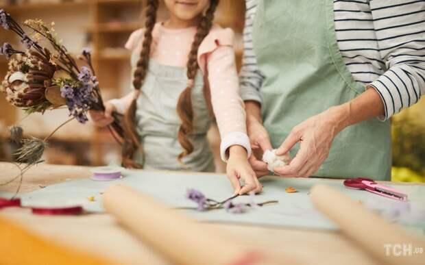 Как сделать гербарий в школу: пять необычных идей из Instagram
