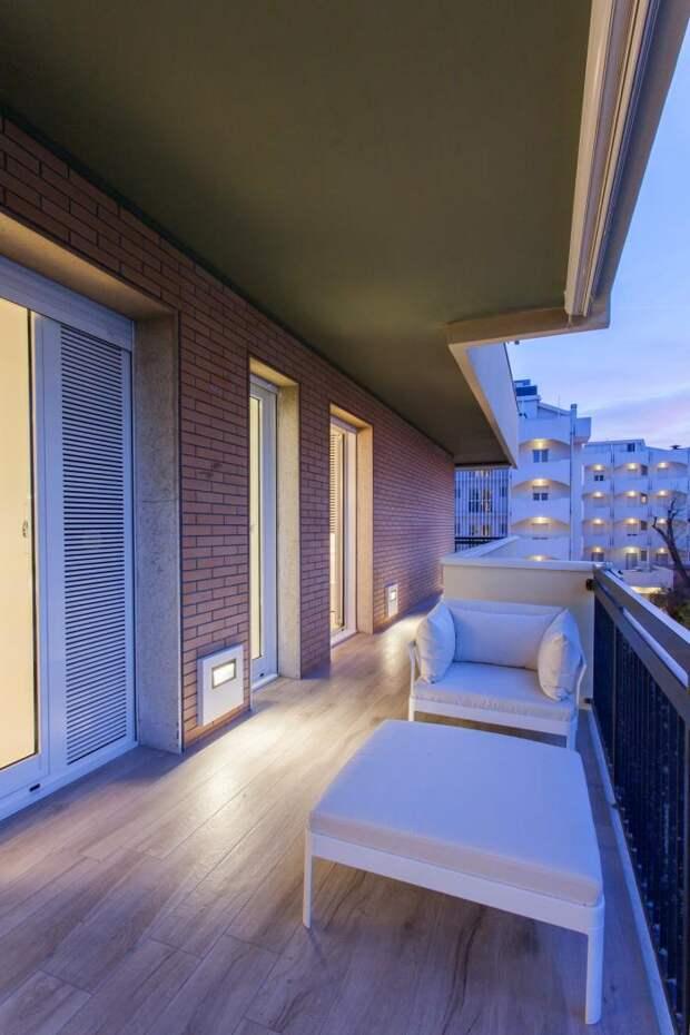 Белоснежный интерьер квартиры в северной Италии (18 фото)
