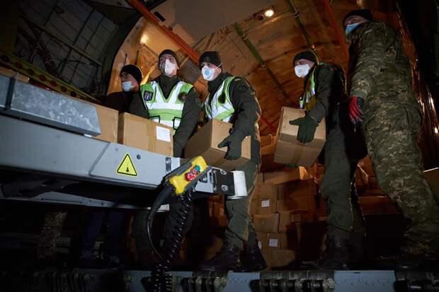 Эту страну не спасти. В Киеве украли тесты на коронавирус, прибывшие из КНР