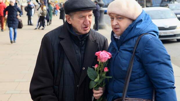 Минтруд всё ещё саботирует Конституцию с пенсиями? Профсоюзы обратились к Путину