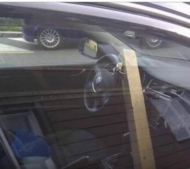 Владелец этого автомобиля решил подойти к защите автомобиля нестандартно.. в мире, вещи, кража, люди, прикол, юмор