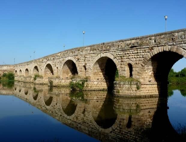 Римский мост в Мериде. tiptotrip.ru - Все дороги ведут в Рим | Warspot.ru