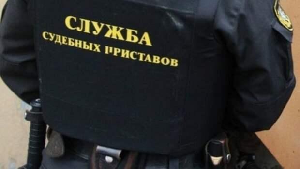 В Приморье водитель судебных приставов совершил ДТП