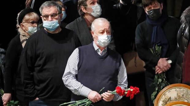 В Москве состоялась церемония прощания с Борисом Грачевским