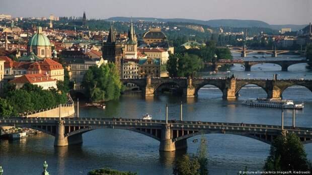 Почему Россия до сих пор не наказала Чехию?