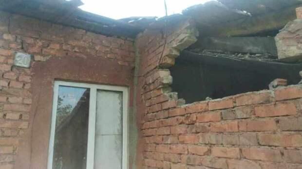 ВСУ открыли огонь по двум поселкам на окраине Донецка