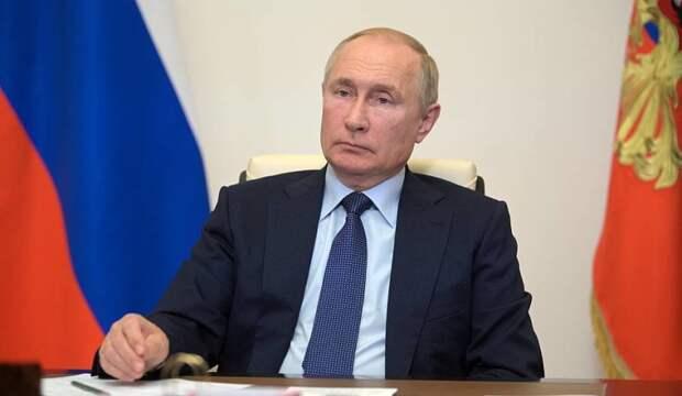 Путин выступил за взаимное признание сертификатов вакцинации между странами