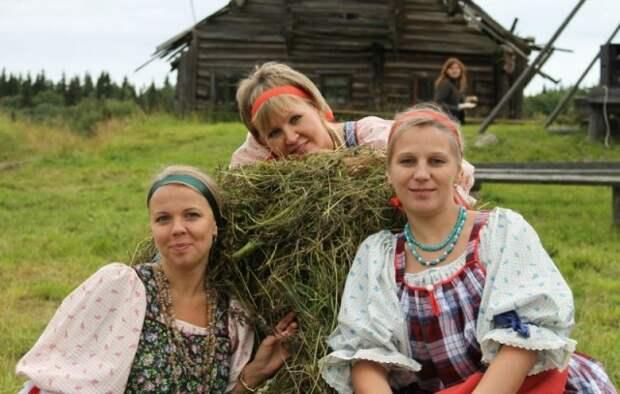 Девушки-селянки