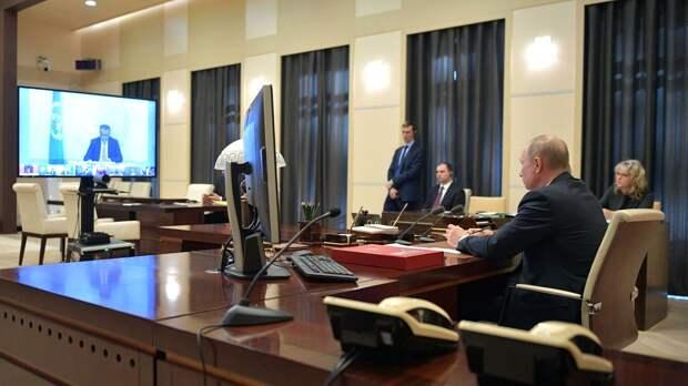 Президент РФ Владимир Путин во время участия в саммите лидеров Большой двадцатки по коронавирусу в режиме видеоконференции - РИА Новости, 1920, 28.09.2020