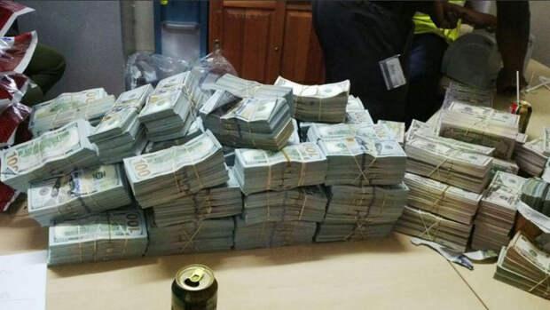 Рекорд взяток полковника Захарченко побит