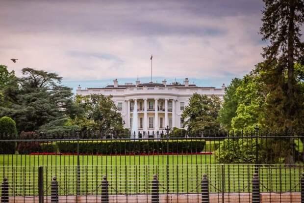 Вашингтон ввел санкции против госдолга России