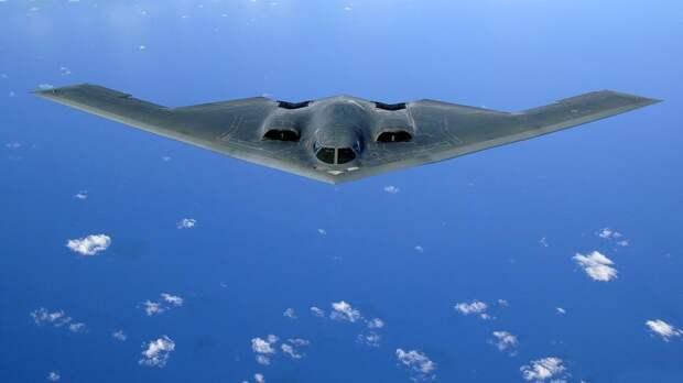 Стелс-бомбардировщик США B-2 получил повреждения при аварийной посадке