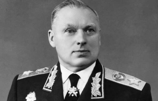 Легендарный полководец: биография Константина Константиновича Рокоссовского