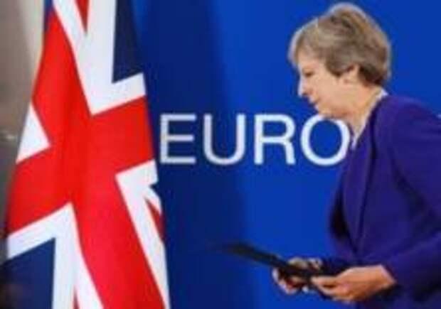 У Терезы Мэй забирают Brexit