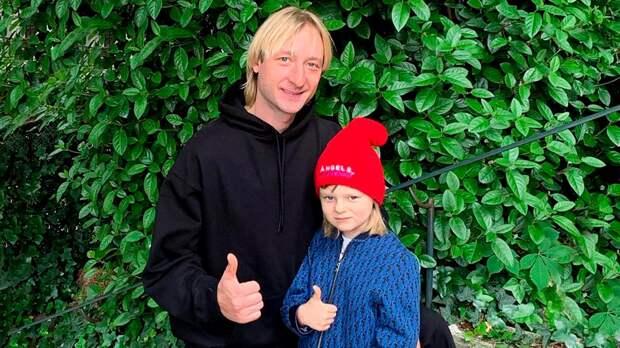 Скандальный материал о7-летнем сыне Плющенко иРудковской сняли спубликации. Родители грозились подать всуд
