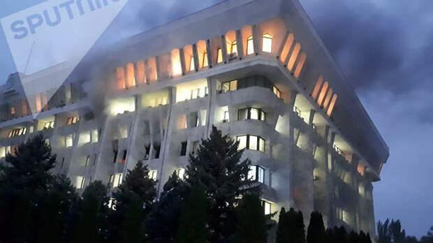 В Бишкеке то ли революция, то ли контрреволюция
